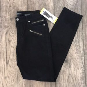 NWT Kenneth Cole Women's Skinny Jean